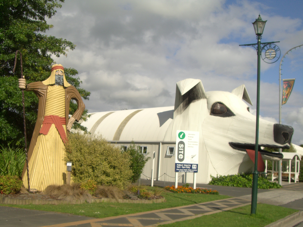 Corrugated creations, New Zealand