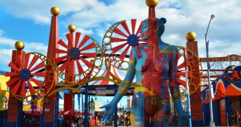 Coney Island bodypaint