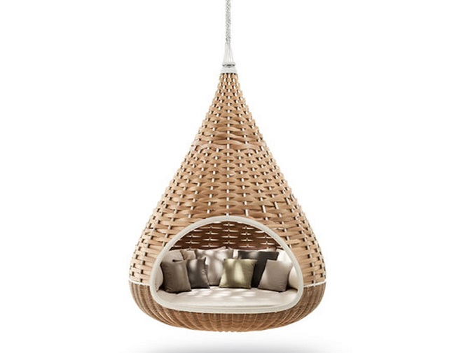 Cosy Hanging Lounger