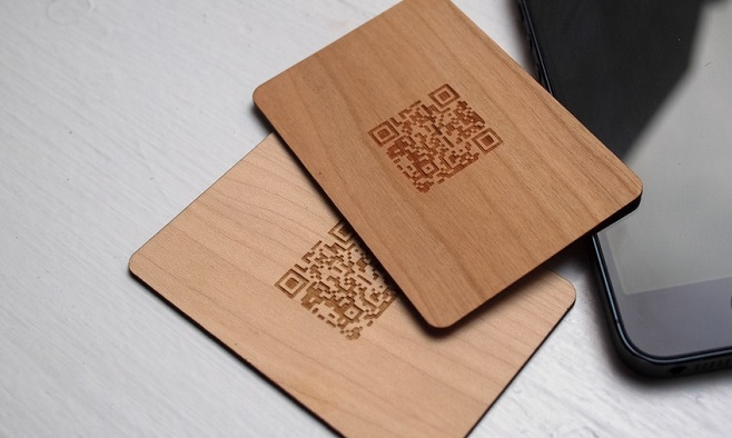 Wooden QR business card