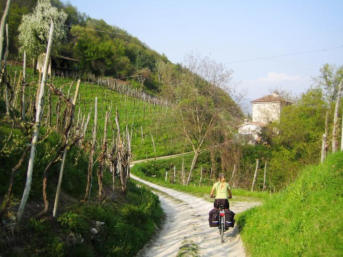 Bicycle tour in Italy Veneto region to Venice