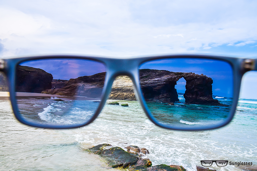 Traveler Captures Amazing Photos In A Special Way  Through My Sunglasses