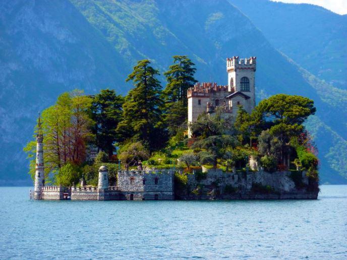 Isola di Loreto, Lombardy