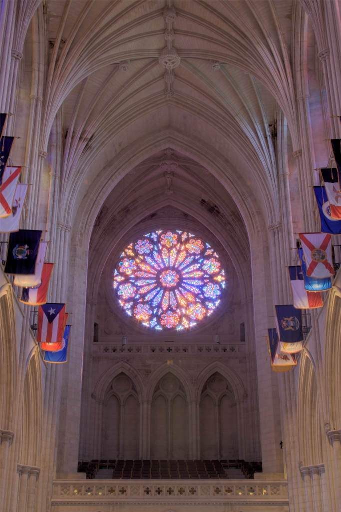 The west rose window was dedicated in 1977 in the presence of Queen Elizabeth II
