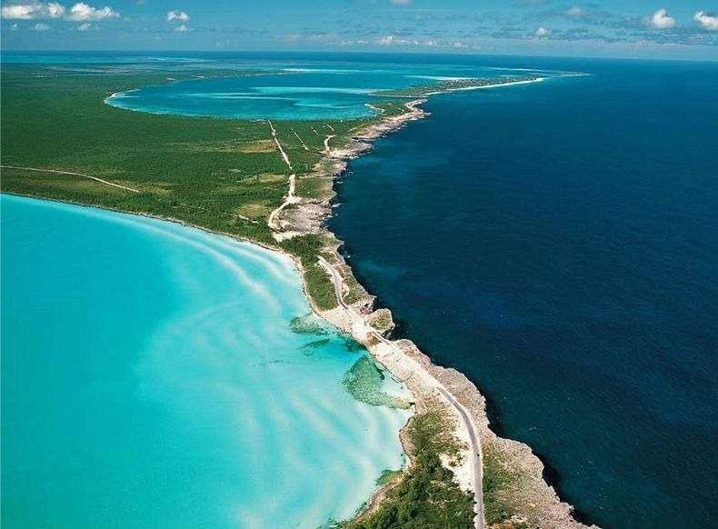 Caribbean Sea meets the Atlantic Ocean in Eleuthera