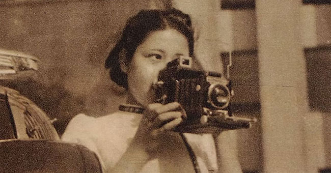 Sasamoto shooting in her 20s.