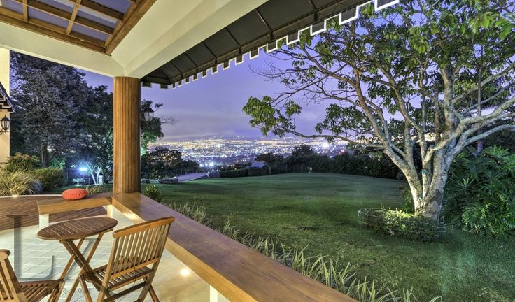 Breathtaking view from Chateau Blanc terrace - Escazú, Costa Rica