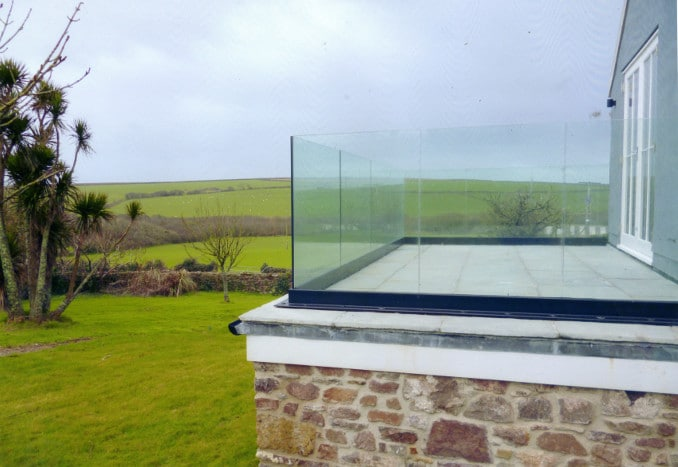 Components Of Frameless Glass Balustrades And Their Uses