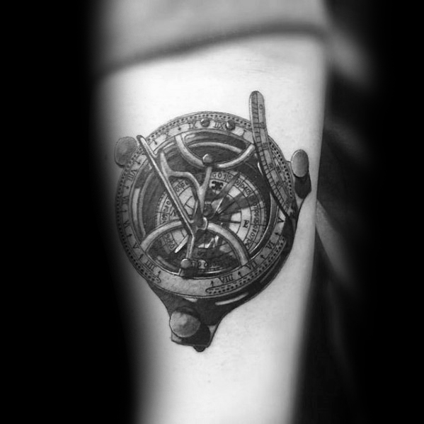 compass-3d-realistic-small-unique-forearm-tattoos-for-men