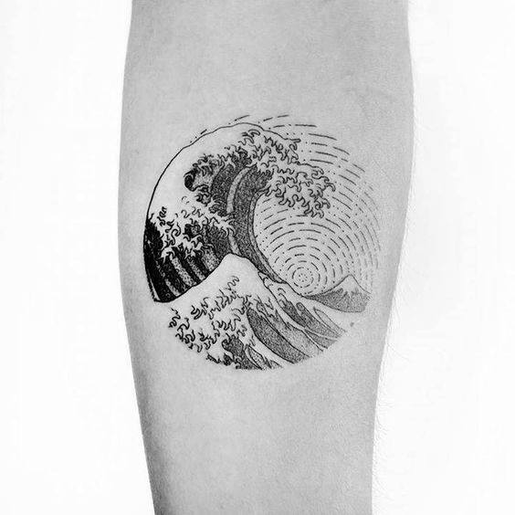 manly-small-unique-the-great-wave-circle-mens-inner-forearm-tattoo