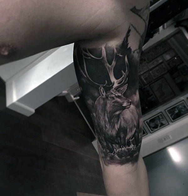 quater-sleeve-hyper-realistic-deer-guys-tattoo-design-ideas