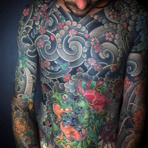 full-chest-guys-japanese-flowers-in-the-wind-tattoo-designs