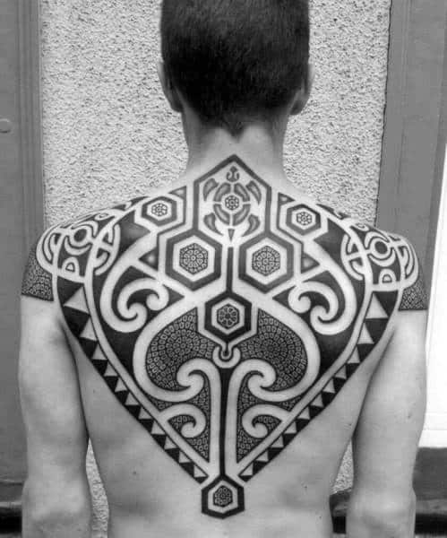 awesome-guys-tribal-turtle-dotwork-upper-back-pattern-tattoos