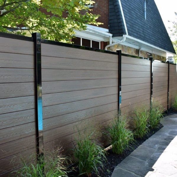 modern-composite-privacy-fence-backyard-design