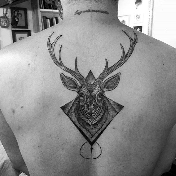 awesome-deer-tattoos-on-mans-back